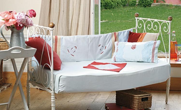Faire un canapé avec un lit une place