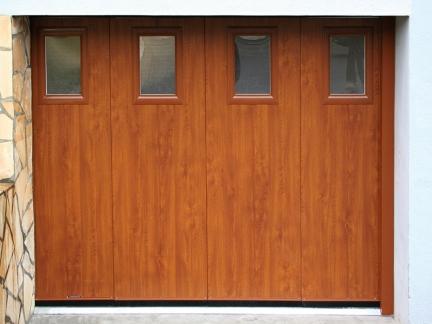Porte de garage en bois coulissante